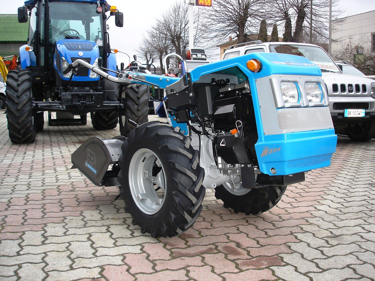 motocoltivatore 18 cv usato trattore motocoltivatore