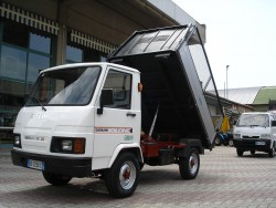 AUTOCARRO EFFEDI GASOLONE TSP 28 RT 4WD (4X4) RIBALTABILE PARI NUOVO