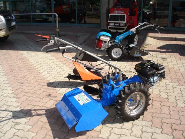 Motocoltivatore usato nibbi motore benzina con fresa e for Motocoltivatore con trincia usato
