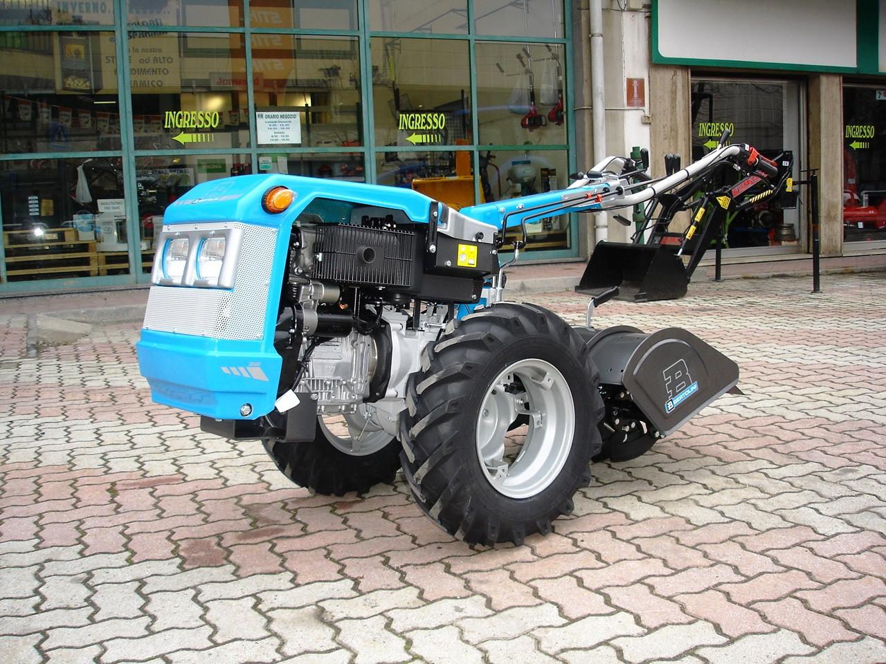 Motocoltivatore nuovo bertolini 318 d avviamento elettrico for Motocoltivatore carraro