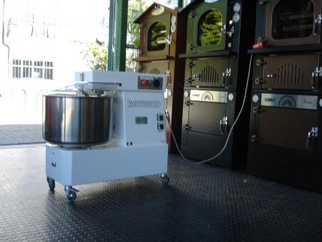 IMPASTATRICE PROFESSIONALE PANE 40 KG - TRIFASE - 2 VELOCITA